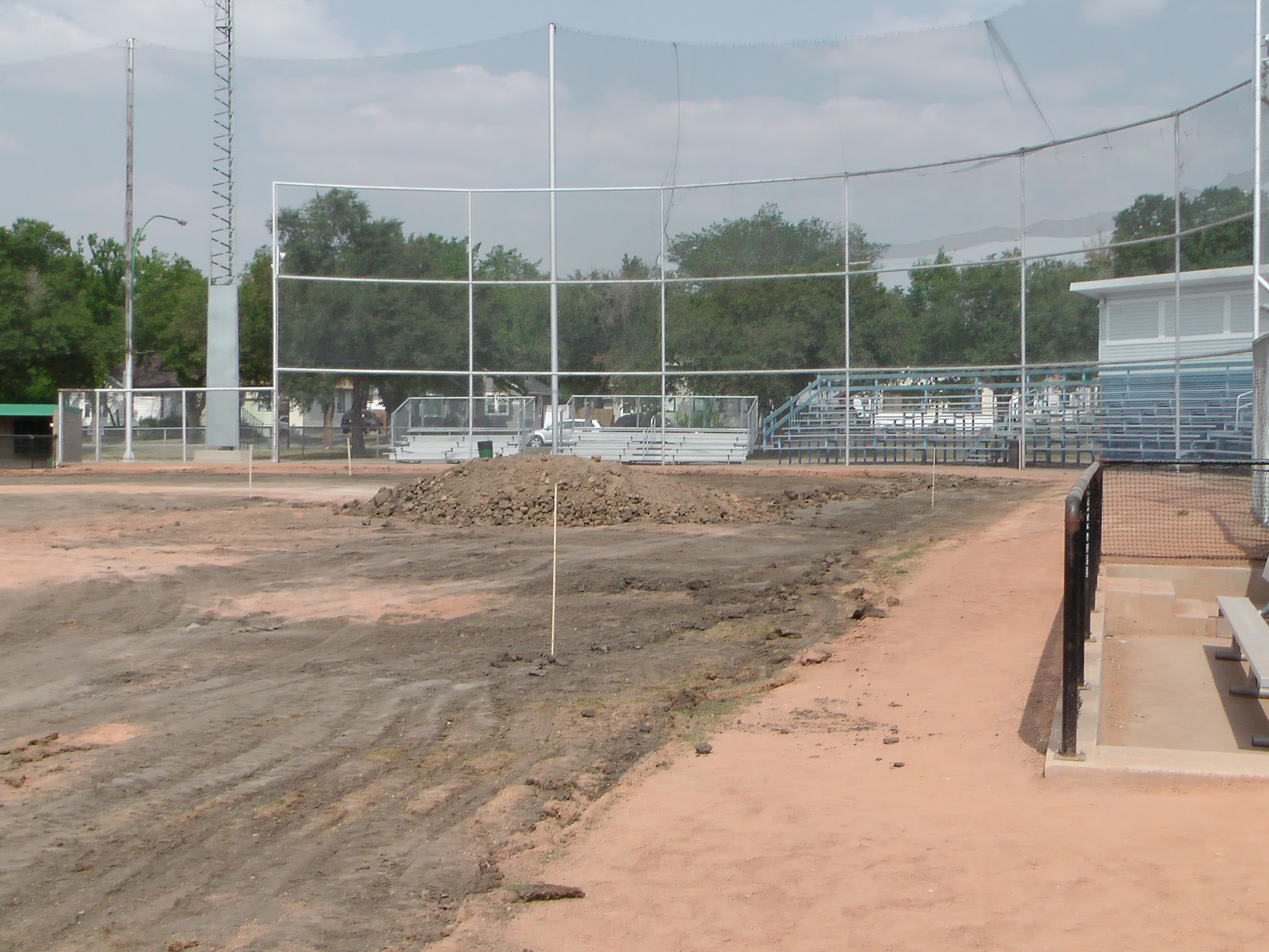 Regina Optimist Park Field Renovations Have Started! Aug 17 2018! Videos and Pics. Check Back for more pics and video to be added!  - Image 37