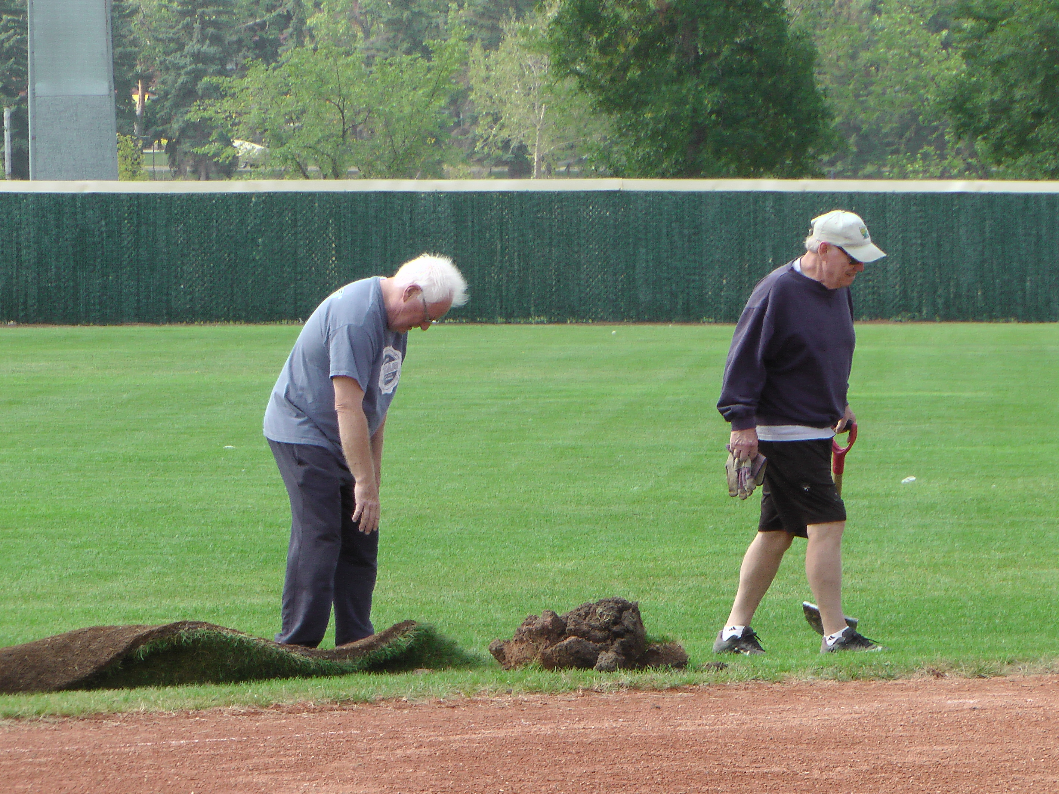 Regina Optimist Park Field Renovations Have Started! Aug 17 2018! Videos and Pics. Check Back for more pics and video to be added!  - Image 8