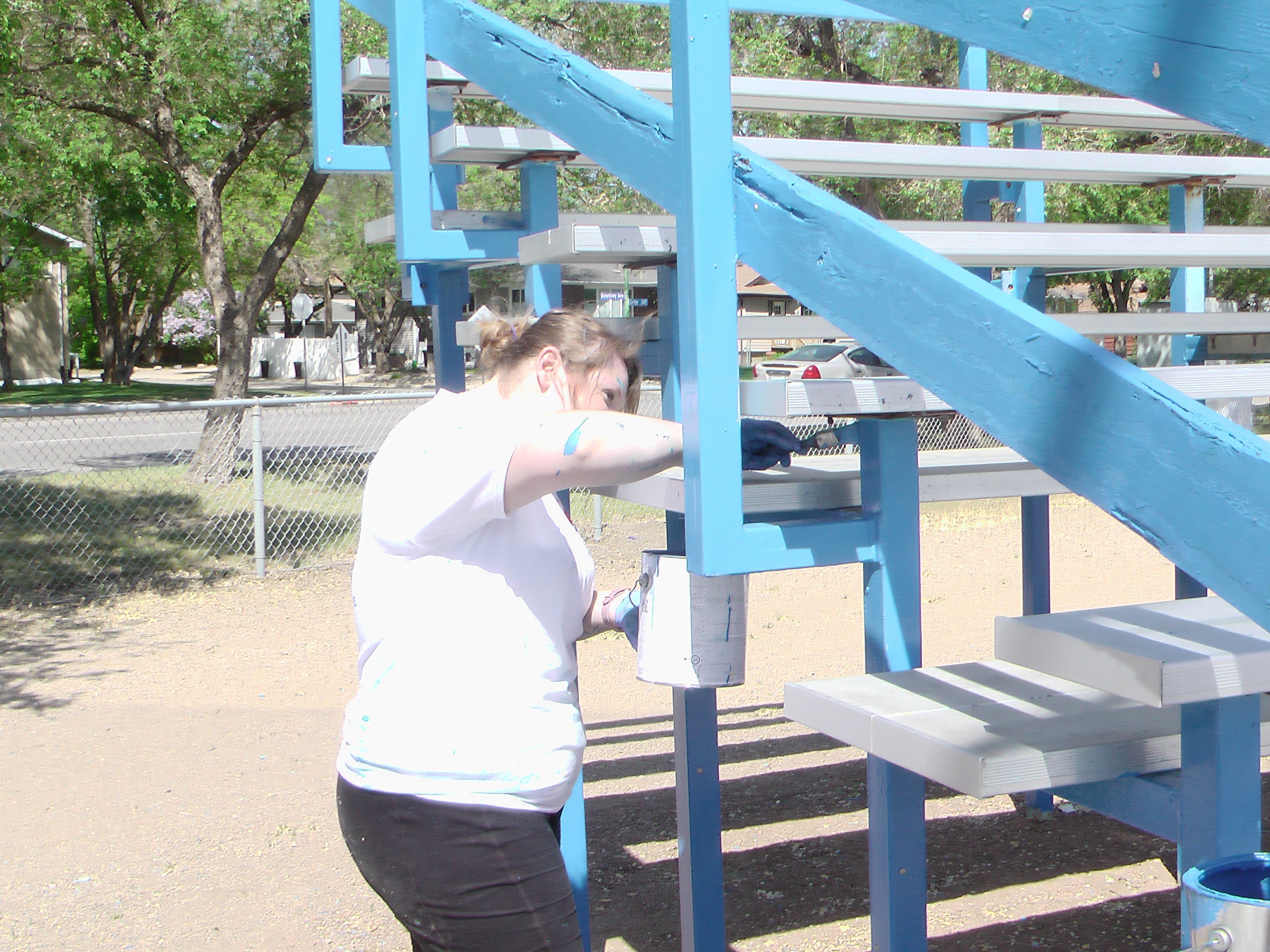 A BIG Thank You to Sherwin Williams and Staff for Supplying Volunteers and Paint for the Park! Video and Pics! - Image 5