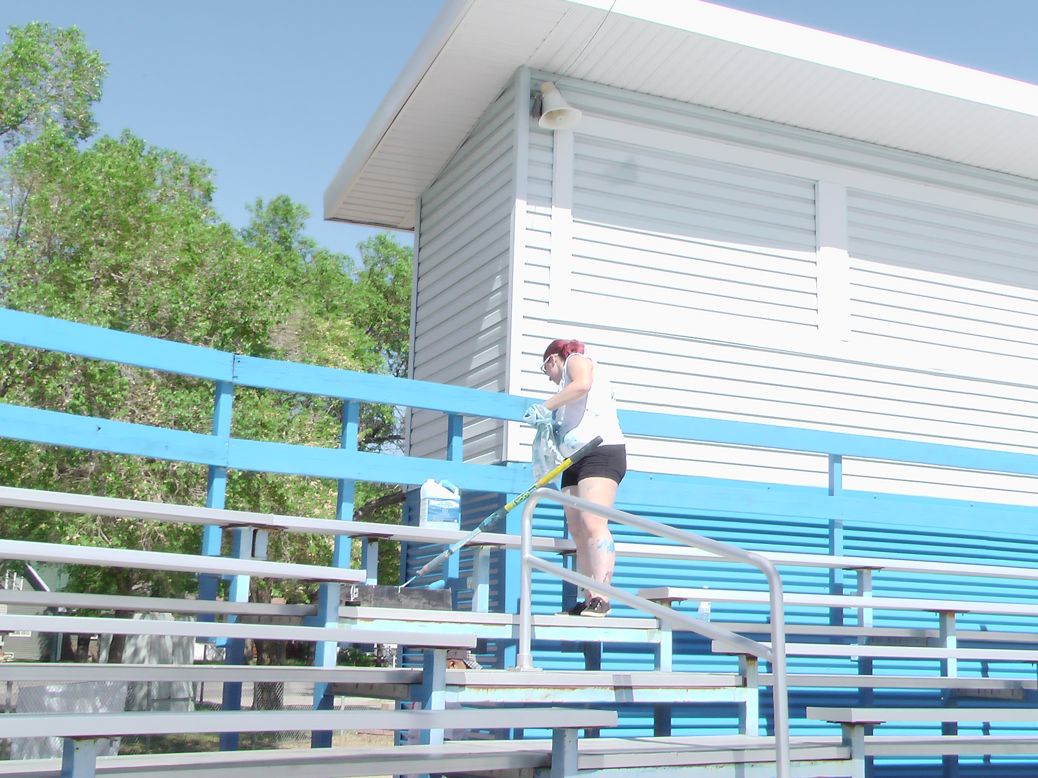A BIG Thank You to Sherwin Williams and Staff for Supplying Volunteers and Paint for the Park! Video and Pics! - Image 6