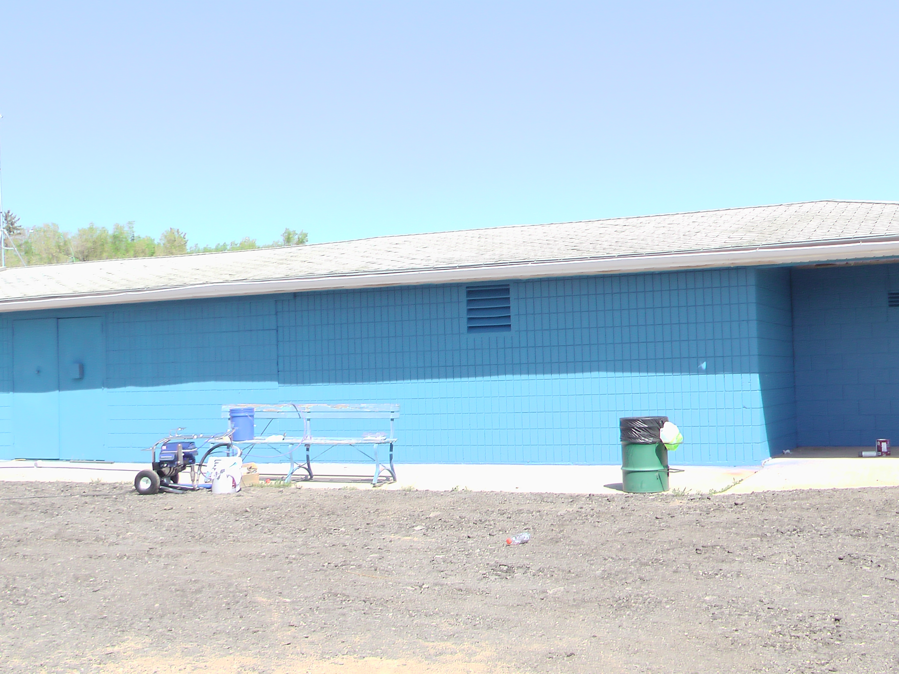 A BIG Thank You to Sherwin Williams and Staff for Supplying Volunteers and Paint for the Park! Video and Pics! - Image 7